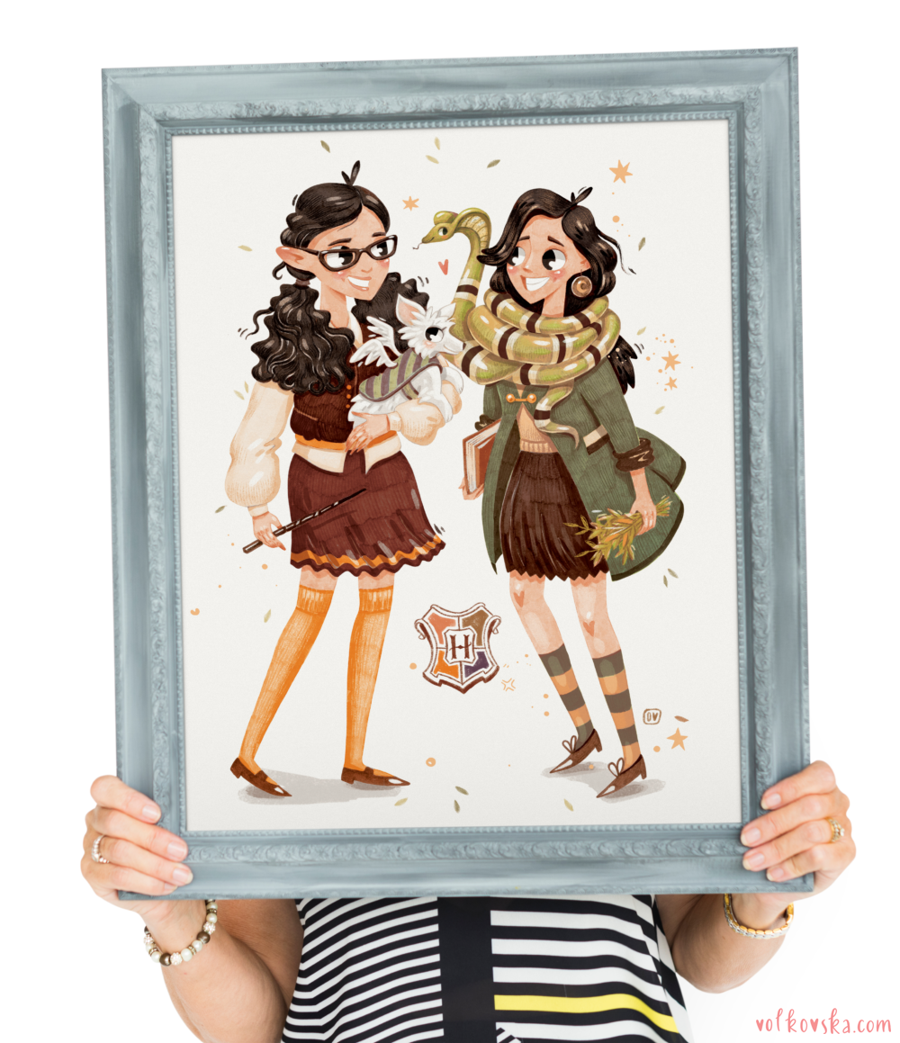 Woman_holding_large_picture_frame
